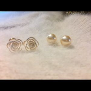Jewelry - 💲2 for $10💲 🌹BEAUTIFUL STUD EARRINGS 🌹